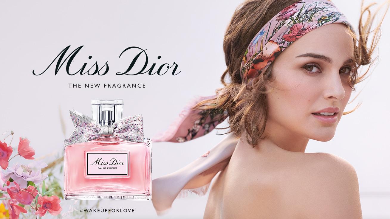 Miss_Dior_Banner_Douglas_1308x735px_01.jpg